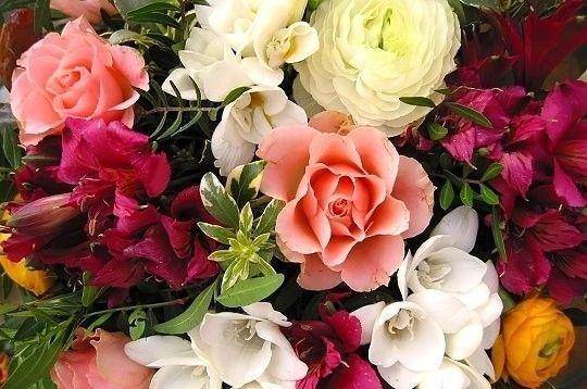 Belle invocation invocation pour le bonheur - Image bouquet de roses gratuit ...